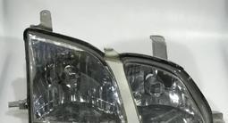 Б/у стекла корпуса фары ДХО маски задние фонари Toyota за 10 000 тг. в Нур-Султан (Астана)