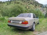 Mercedes-Benz E 300 1987 года за 1 700 000 тг. в Шымкент – фото 4