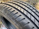 235-55-18 Bridgestone Alenza 001 за 150 000 тг. в Алматы