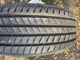 235-55-18 Bridgestone Alenza 001 за 150 000 тг. в Алматы – фото 2