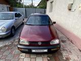 Volkswagen Golf 1993 года за 1 000 000 тг. в Алматы – фото 2