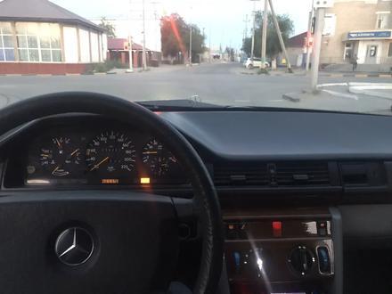 Mercedes-Benz E 230 1990 года за 1 200 000 тг. в Кызылорда – фото 10