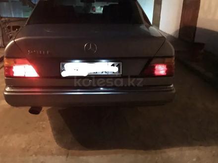Mercedes-Benz E 230 1990 года за 1 200 000 тг. в Кызылорда – фото 12