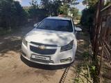 Chevrolet Cruze 2012 года за 3 500 000 тг. в Актобе – фото 2