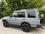 Land Rover Discovery 2001 года за 3 800 000 тг. в Алматы – фото 2
