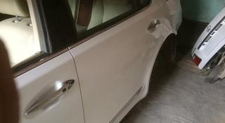 Дверь задняя левая на Lexus ls460 Long, оригинал за 100 000 тг. в Алматы