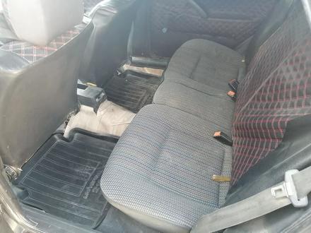 Volkswagen Passat 1992 года за 950 000 тг. в Актау – фото 2