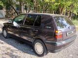 Volkswagen Golf 1995 года за 1 499 990 тг. в Темиртау – фото 2