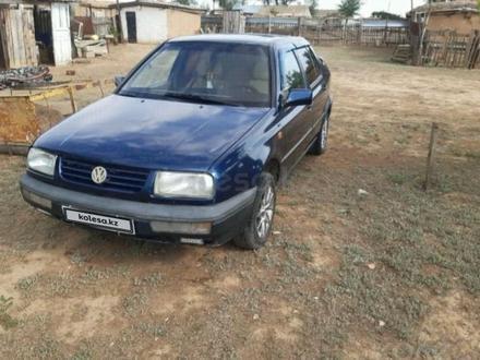 Volkswagen Vento 1992 года за 980 000 тг. в Уральск