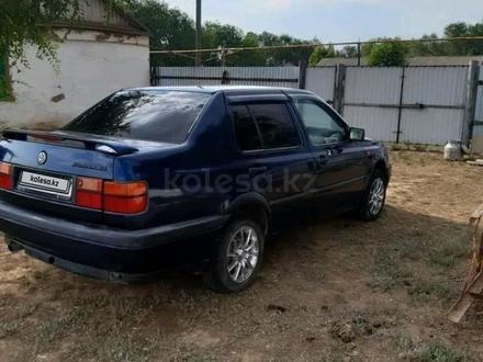 Volkswagen Vento 1992 года за 980 000 тг. в Уральск – фото 5