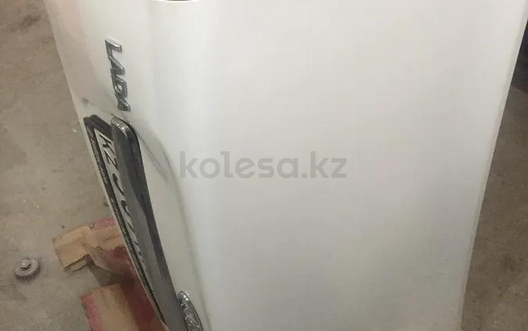 Крышка багажника за 25 000 тг. в Костанай