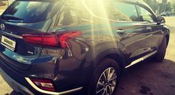 Hyundai Santa Fe 2020 года за 14 300 000 тг. в Караганда – фото 3