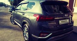 Hyundai Santa Fe 2020 года за 14 300 000 тг. в Караганда – фото 4