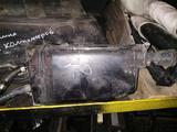 Абсорбер фильтр топливных паров угольный на Ауди 100 а6 ц4… за 5 000 тг. в Алматы