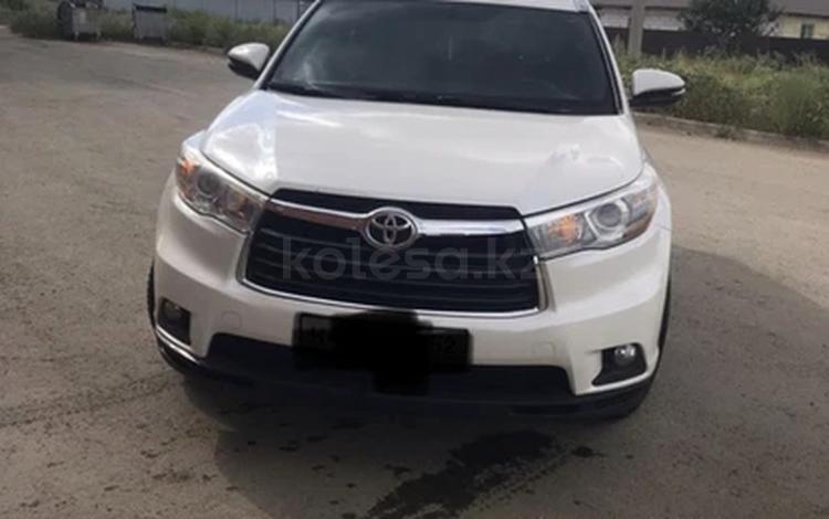 Toyota Highlander 2014 года за 15 000 000 тг. в Уральск