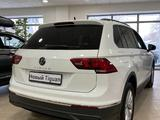 Volkswagen Tiguan Respect (2WD) 2021 года за 13 295 000 тг. в Караганда – фото 4