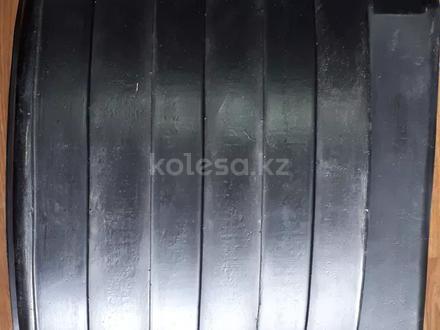 Брызговик задний пластиковый круглый, квадратный Газель к/т 2шт за 5 000 тг. в Алматы – фото 2