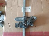 Стеклоподъемник Мерседес Е210 задняя левая за 8 000 тг. в Алматы