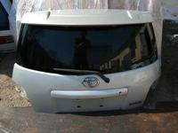 Ист Ist Xa крышка багажника за 55 000 тг. в Алматы