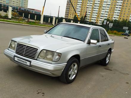 Mercedes-Benz E 200 1995 года за 1 900 000 тг. в Нур-Султан (Астана)