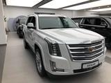 Cadillac Escalade 2020 года за 45 000 000 тг. в Алматы – фото 3