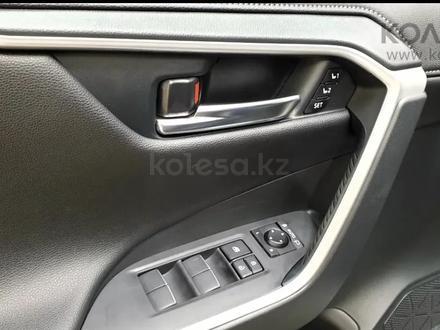 Toyota RAV 4 2020 года за 16 000 000 тг. в Актобе – фото 23