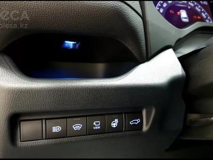 Toyota RAV 4 2020 года за 16 000 000 тг. в Актобе – фото 24