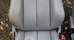 Сиденья мерседес 210 за 30 000 тг. в Караганда – фото 2
