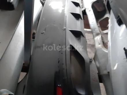 Задний бампер на лексус gs350 l10 за 130 000 тг. в Алматы