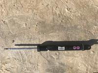 Амортизатор задний левый на Киа Спортейдж 2013 г за 20 000 тг. в Актау