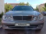Mercedes-Benz E 240 2004 года за 3 000 000 тг. в Кокшетау – фото 2