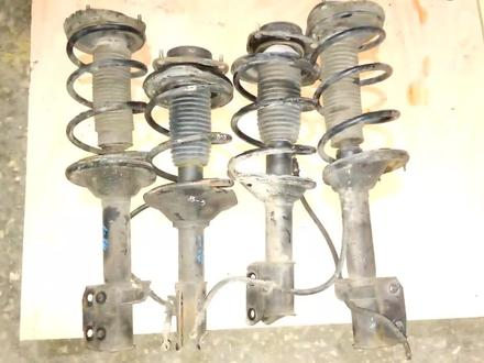 Амортизаторы (Стойка) б y, для Subaru Legasy b3 (1995 —… за 1 111 тг. в Алматы