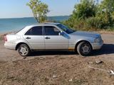 Mercedes-Benz C 220 1993 года за 1 650 000 тг. в Петропавловск – фото 3
