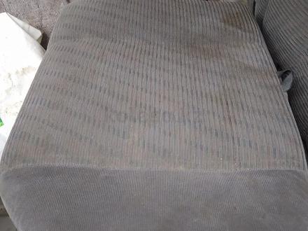 Сиденья задние за 10 000 тг. в Алматы – фото 3
