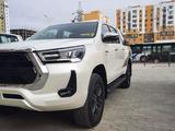 Toyota Hilux 2021 года за 24 200 000 тг. в Шымкент – фото 2