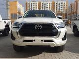 Toyota Hilux 2021 года за 24 200 000 тг. в Шымкент – фото 4