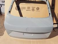 Крышка багажника на Skoda Rapid за 888 тг. в Караганда