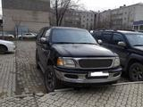 Ford Expedition 2002 года за 4 000 000 тг. в Атырау – фото 2