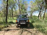 Land Rover Discovery 2001 года за 4 000 000 тг. в Алматы – фото 2