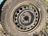 Шины зимние шипованные на стальных дисках за 60 000 тг. в Темиртау