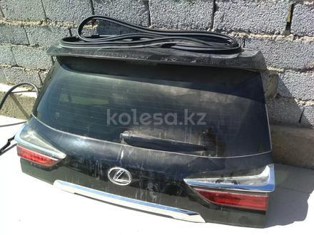 Крышка багажника за 400 000 тг. в Шымкент