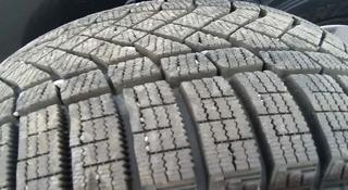 Идеальный комплект. Шины Pirelli (Пирелли). Липучки. Практически новые. за 179 900 тг. в Алматы
