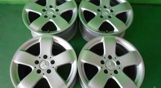 Диски оригинальные из Японии. Mercedes j7.5 ET42 за 140 000 тг. в Алматы