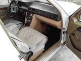 Mercedes-Benz E 230 1991 года за 1 200 000 тг. в Талдыкорган – фото 3