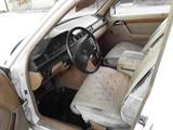 Mercedes-Benz E 230 1991 года за 1 200 000 тг. в Талдыкорган – фото 4