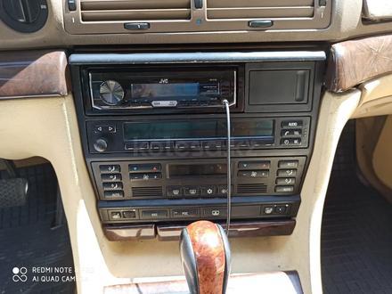 BMW 740 1997 года за 2 100 000 тг. в Отеген-Батыр – фото 10
