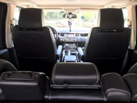 Land Rover Range Rover Sport 2012 года за 13 000 000 тг. в Актобе – фото 3