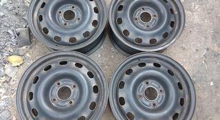 Оригинальные металлические диски на Ford (R15 4*108 ЦО63.4 6J ЕТ за 35 000 тг. в Нур-Султан (Астана)