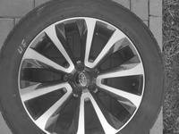 Комплект дисков с шинами R18 Subaru оригинал за 255 000 тг. в Алматы