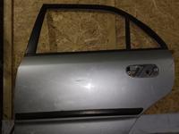 Дверь задняя левая на mitsubishi carizma 1996г. Седан за 5 000 тг. в Караганда